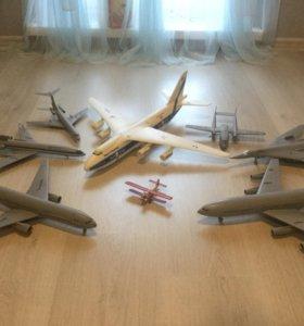 Коллекционные самолетики.