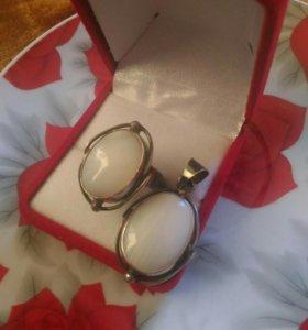 Новое серебряное кольцо и кулон, перламутр