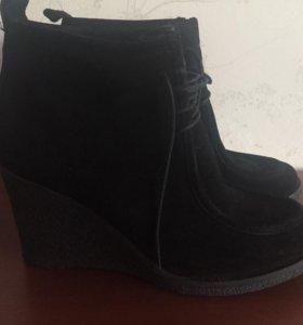 Ботинки MOSCOTTE р39