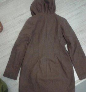 Пальто весеннее 46