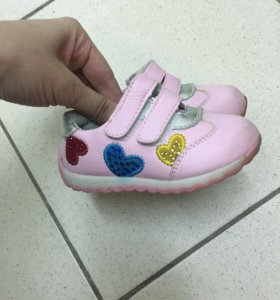 Продаю ботиночки 20р