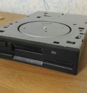 Floppy(дискетник)