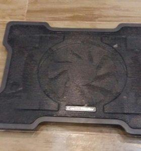 Охлаждающая подставка cooler master куллер 150 мм