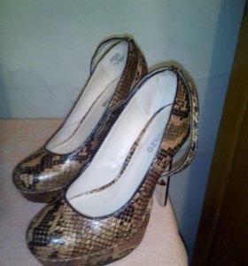 Туфли тигровые 37 размер
