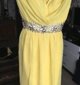 Платье новое очень красивое!