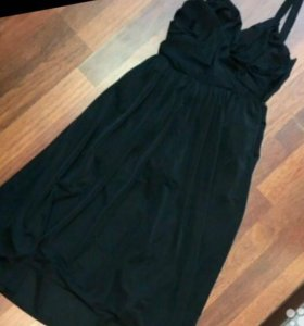 Вечернее платье, на животик тоже подойдёт