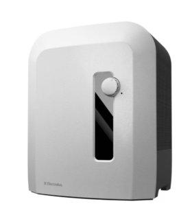 Очиститель, увлажнитель и мойка воздуха Electrolux