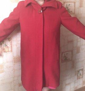 Пальто новое с бирками