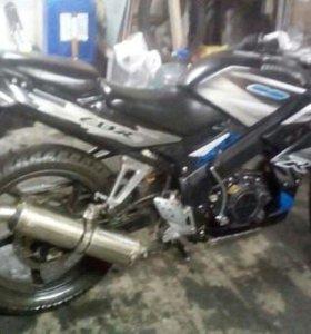 Мотоцикл Motolend CBR 150