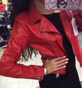 Куртка красная кожзам
