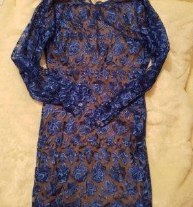 Платье синее кружевное