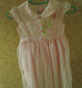 Продам недорого платье на 2-3 года