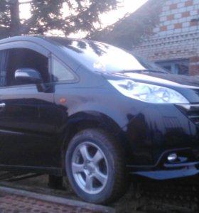 Продам микроавтобус хонда степ вагон 2006 гв 4 вд