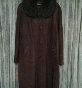 Пальто классическое.Натуральная кожа и мех