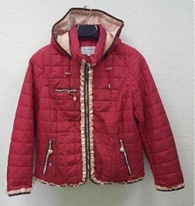 Демисезонная курточка на 50-52р.
