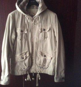 Куртка-ветровка женская р.46