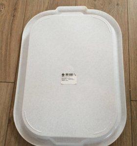 Пластиковый поднос