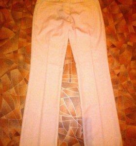 Продам женские брюки кофты майки футболки шарфы