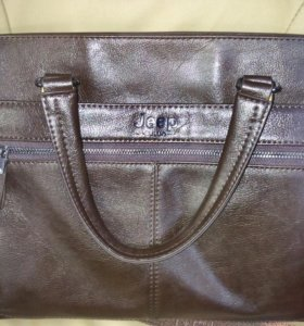 Мужские кожаные сумки и иные аксессуары