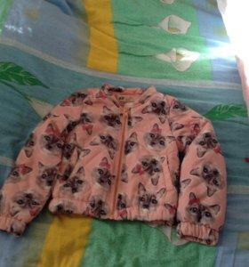 Весенняя куртка рост 104 новая