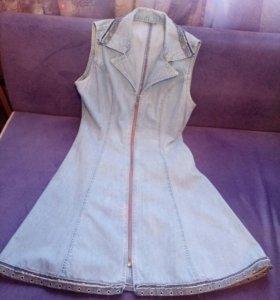 Джинсовое платье р-р 44