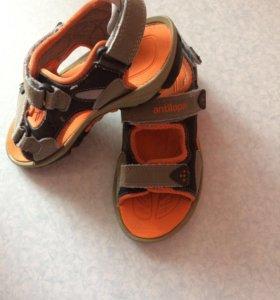 Кеды, сандали
