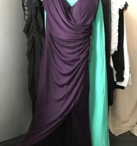 Платье новое Bebe