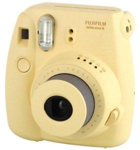 Фотоаппарат мгновенной печати Fujifilm