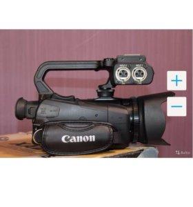 Видеокамера XA20