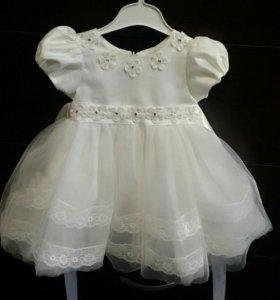 Продаю красивое,пышное,детское платье.