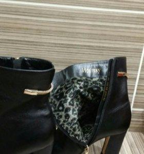 Ботинки женские весна-осень