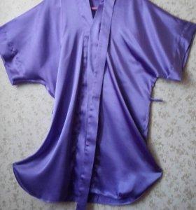 Шелковый халатик красивого светло-лилового цвета