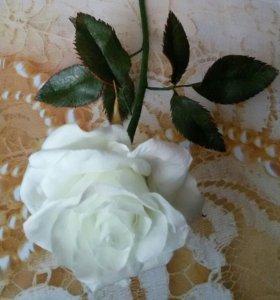 Роза на стебле ручной работы