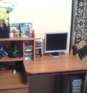 Рабочий стол для школьников