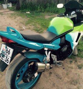 Suzuki gsx650f 2012 г.