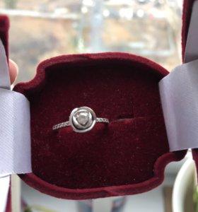 Кольцо белое-розовое золото