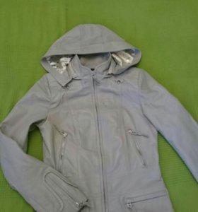 Кожаная куртка 42-44 (лайка)