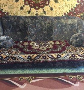 Удобный мягкий диван