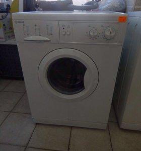 Indesit стиральная машина.