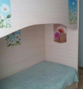 кровать двух этажная детская новая