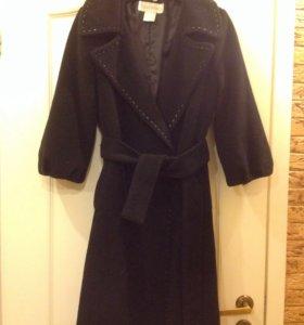 Пальто весеннее Max Mara