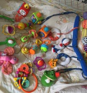 Детские игрушки для малышей девочек и мальчиков