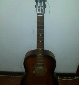 Ушатанная Гитара