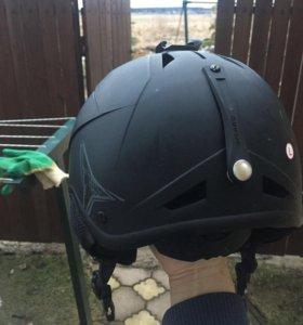 Горнолыжный шлем Atomic
