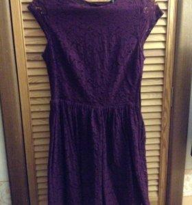 Платье кружевное бордовое