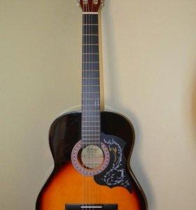 Гитара Аматти новая с чехлом