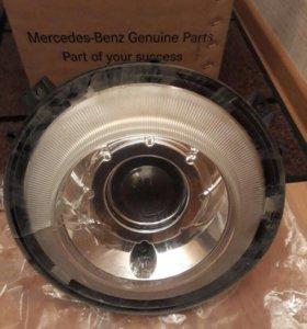 Фара на Mercedes-Benz G-klasse AMG