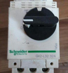 выключатель автоматический gv2-l32
