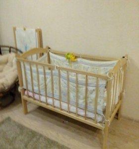Деревянная кровать-качалка