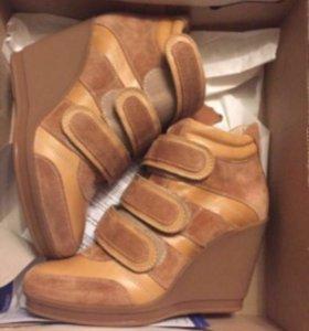 Ботинки Сникерсы новые